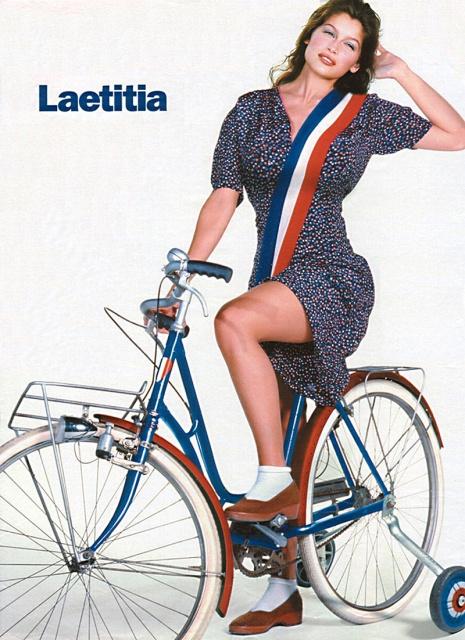 laetitia_casta_la_bicycle_blue_dTkbQGb.sized