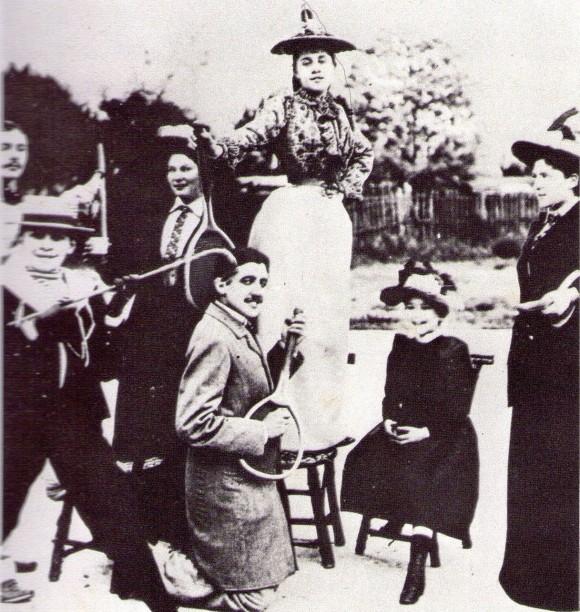 M-Proust-Racket